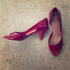 Cherry patent leather size 10 d'orsay pumps